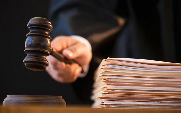 Факт оказания услуг по договору можно подтвердить актом, в котором нет ссылки на указанный договор, если между сторонами, подписавшими акт, отсутствуют правоотношения вне рамок данного договора