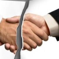 Порядок одностороннего отказаот договора возмездного оказания услуг