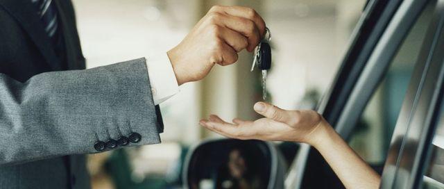Как оформить использование служебного автомобиля в личных целях?