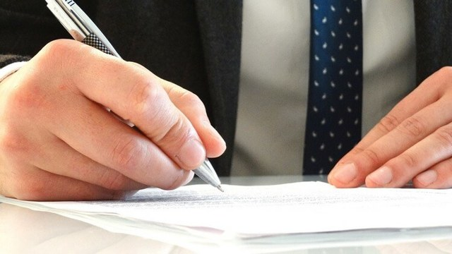 Акт об отказе в ознакомлении с уведомлением о необходимости дать объяснение - образец